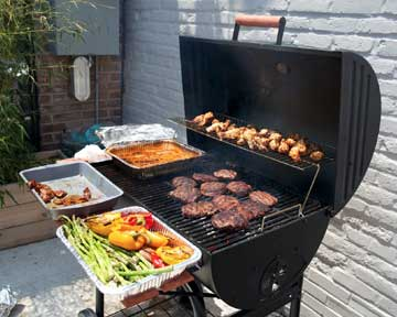 BBQ cleaning in Ventura by BBQ Repair Doctor.